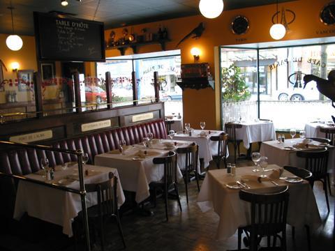 Cafe-de-Paris_photo3 (photo credit: Cafe de Paris Vancouver)
