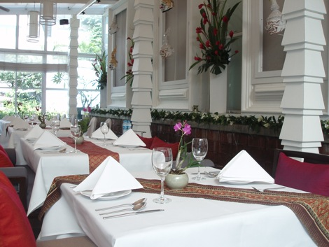 Naj Thai Restaurant, Bangkok (photo credit: restaurantdiningcritiques.com)