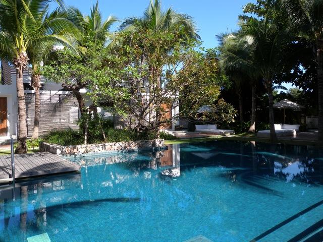 Pool at Putahracsa, Hua Hin (photo credit: restaurantdiningcritiques.com)