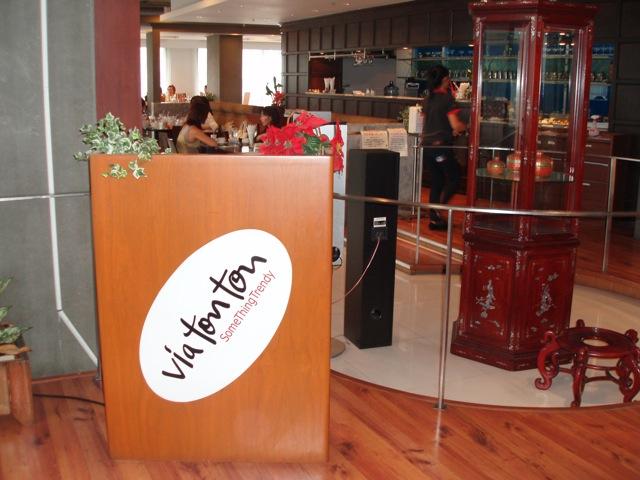 Via Ton Ton, Bangkok (image credit: restaurantdiningcritiques.com)
