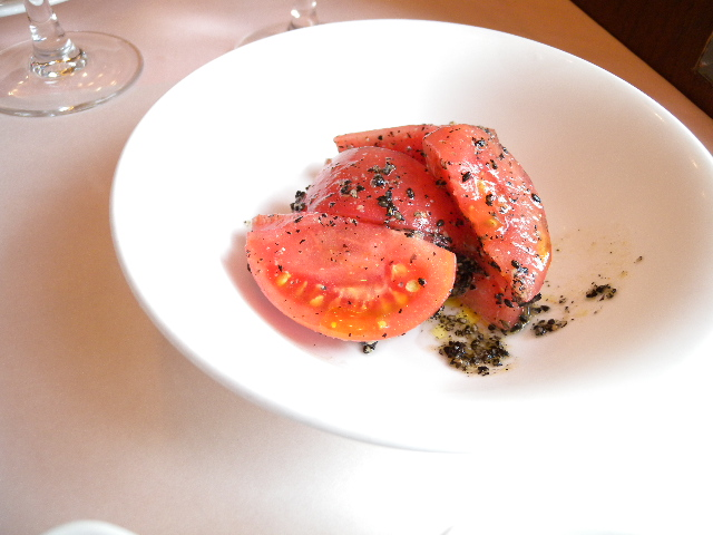 tomato salad with oil and sesame seeds